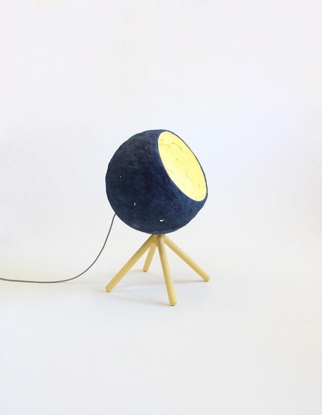 granatowa-lampa-papierowa