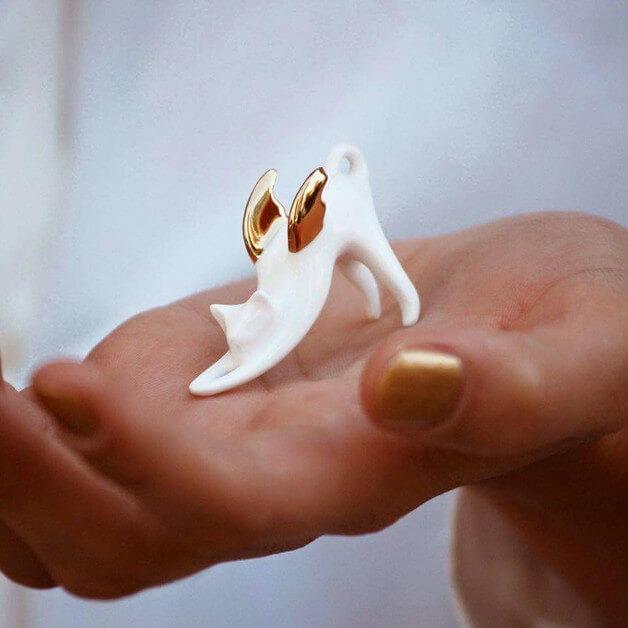 porcelanowa-figurka-kot