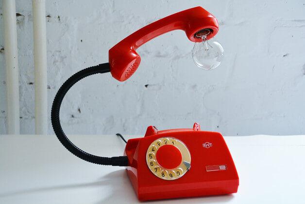 lampa-z-telefonu-vintage-upcycling