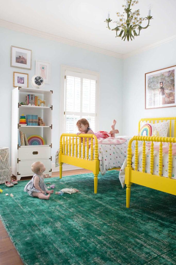 żółte łóżka pokój dziecięcy