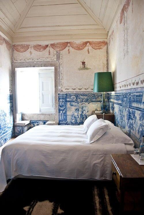 azulejos na ścianach