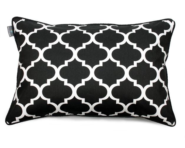 czarna-poduszka-marokański-wzór