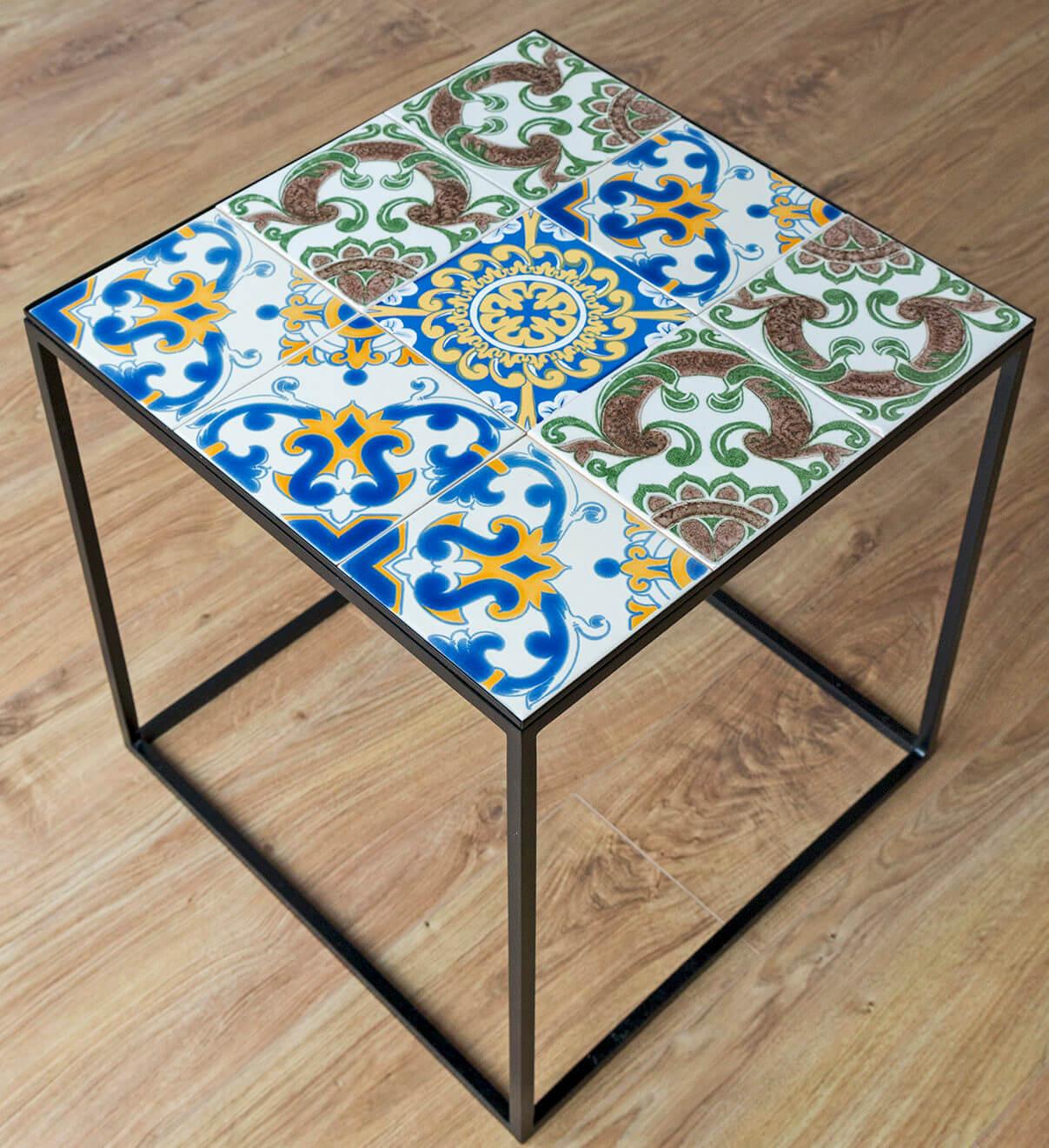 stolik design płytki ceramiczne azulejos