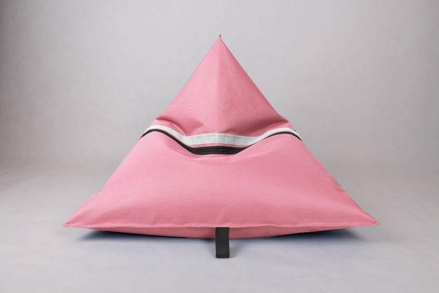 trójkątny-różowy-puf