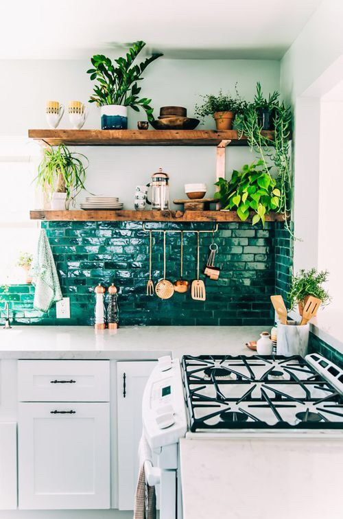 zielone kafle w kuchni