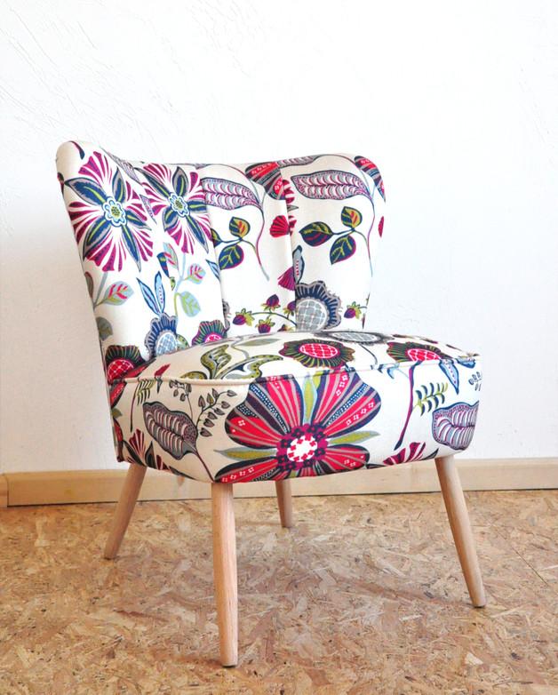 fotel-kwiaty-vintage-meble-wnętrze