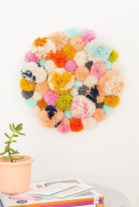 kolorowe pompony obraz na ścianę