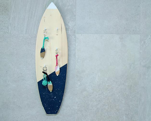 deska-surfingowa-wieszak-na-klucze