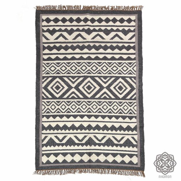 dywan-wełna-tkanina-wzór-maroko-afryka-pustynia-dom-wnętrze
