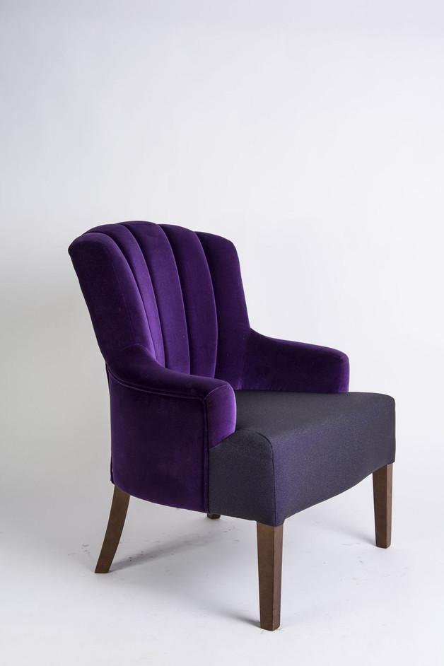 fioletowy-fotel