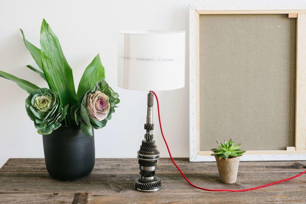 lampka z abażurem