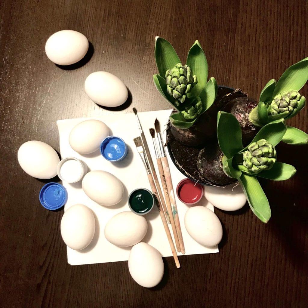 jajka na stół wielkanocny