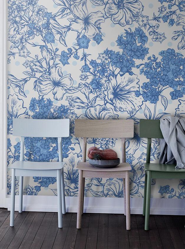 Błękit-we-wnętrzu.-Błękitne-krzesła.