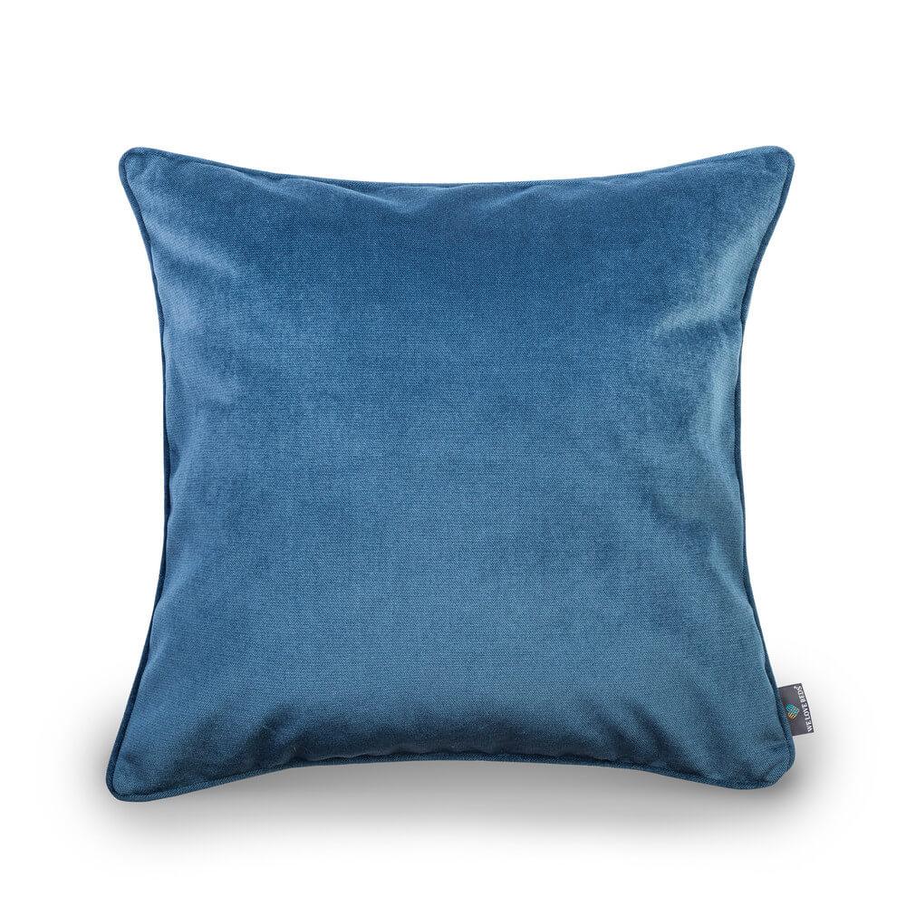 Błękit-we-wnętrzu_welovebeds