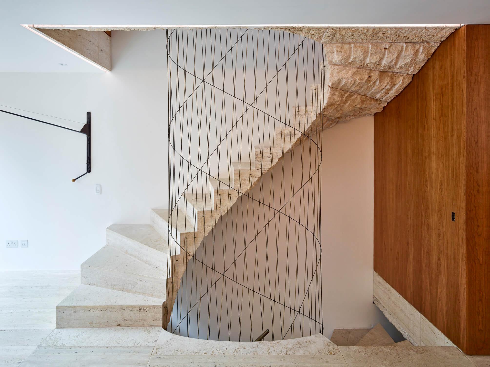 loft spiralne schody