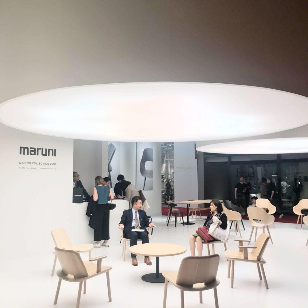 wielka lampa Salone del Mobile