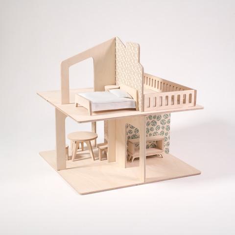 drewniane zabawki- domek dla lalek