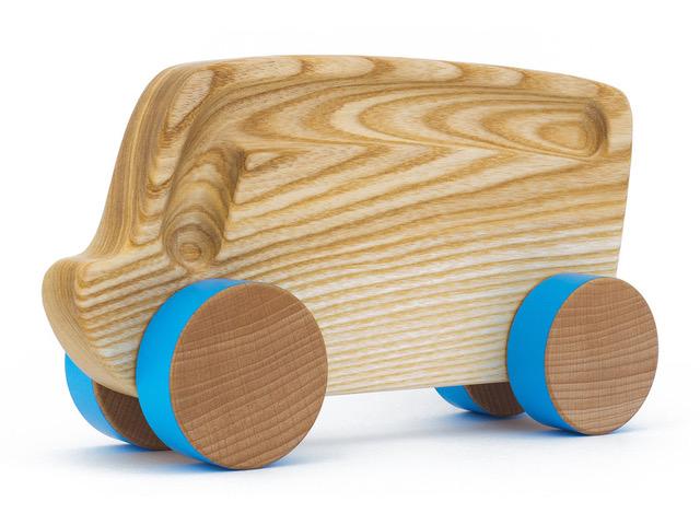 drewniany pojazd