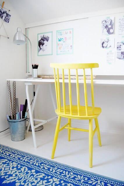 krzesło żółty kolor
