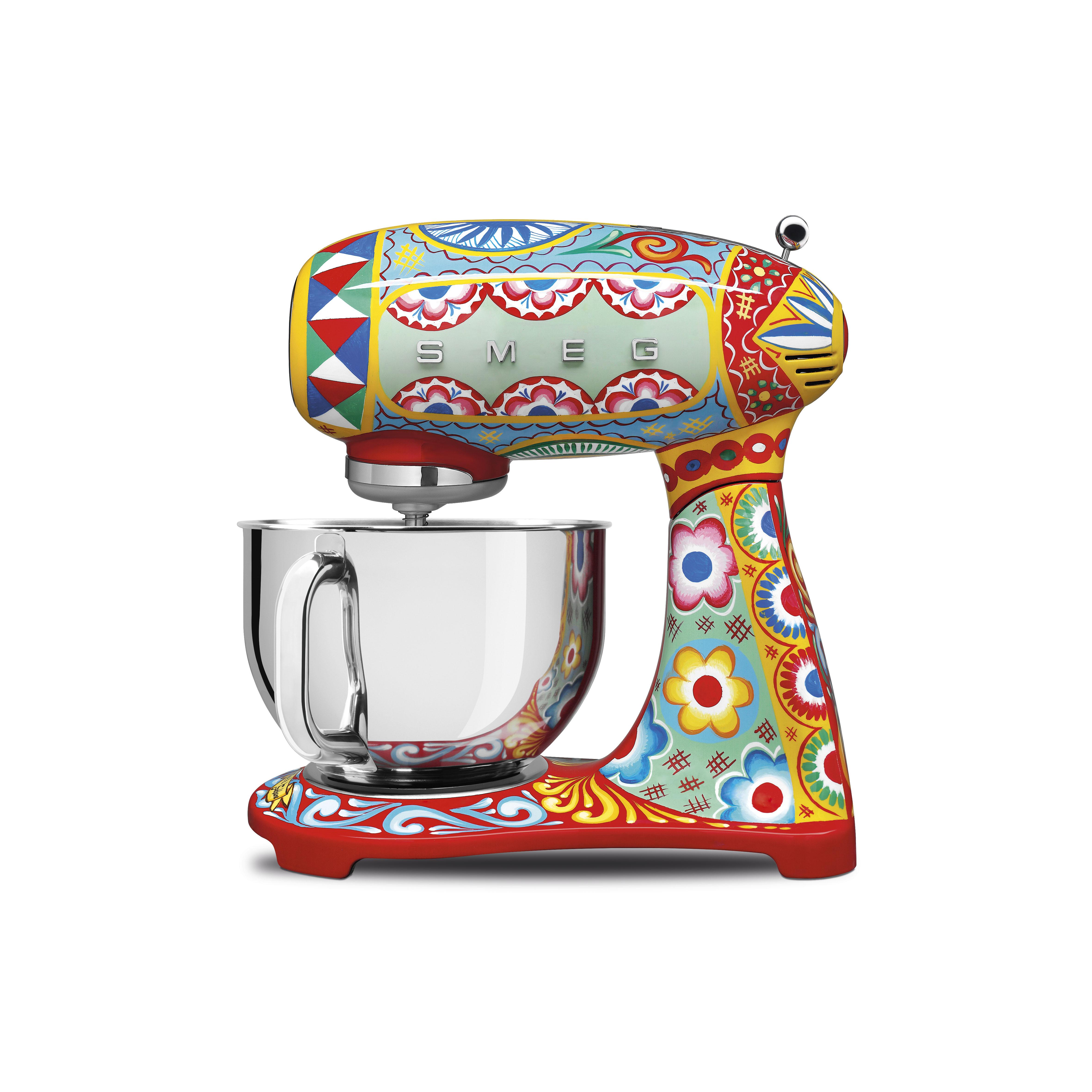 robot-kuchenny-DG-Smeg