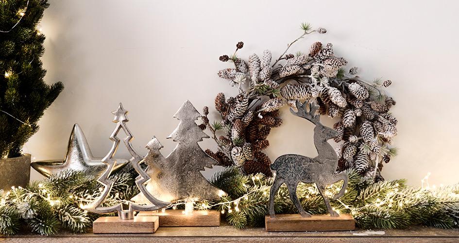 dekoracje świąteczne na konsoli