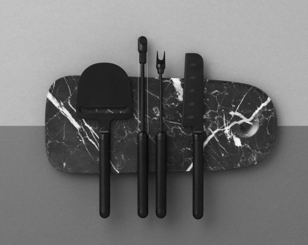 deska do krojenia z czarnego marmuru