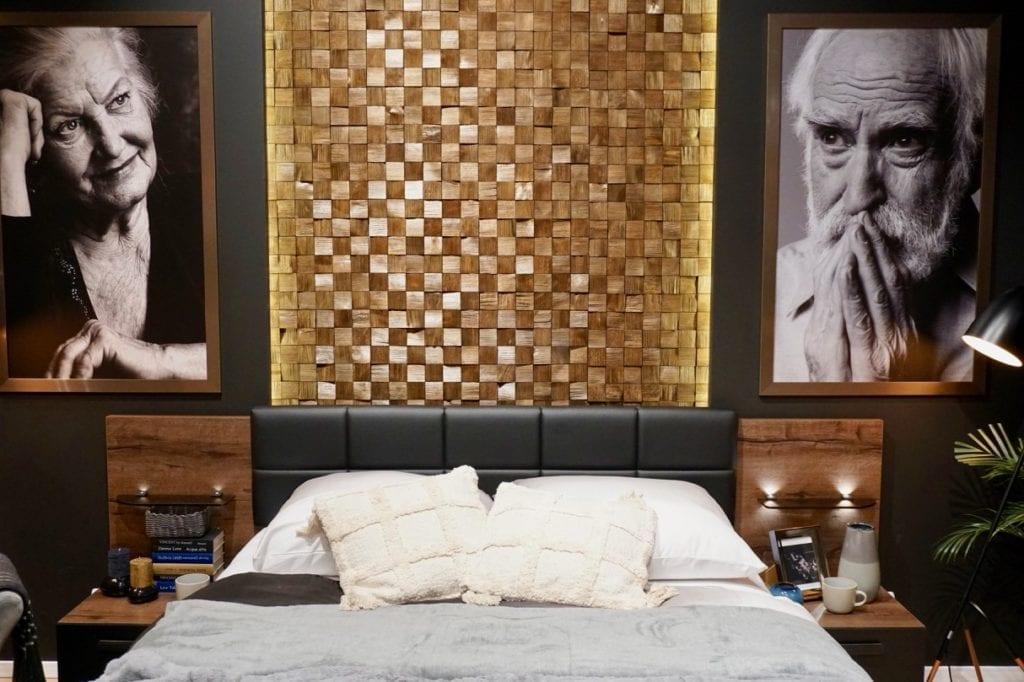 sypialnia w drewnie i czerni