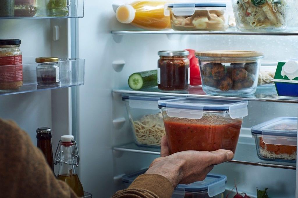 przechowywanie pożywienia w lodówce