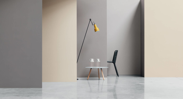 Inspiracje salon modne kolory gresowe lampa krzesło stolik