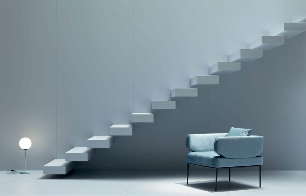 Inspiracje błękitne płytu wielkoformatowe fotel schody