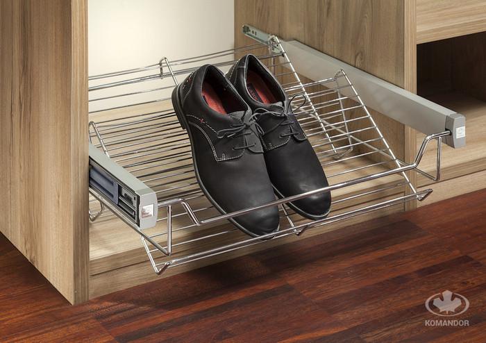 Wysuwana półka na buty