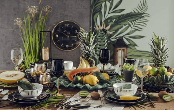 Aranżacja stołu rośliny palmy Bali