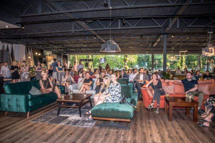 Przestrzeń Inspiracji Gala Collezione sofa kanapa stolik kawowy fotel meble salon sypialnia