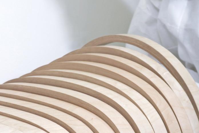 Krzesło trumna Yeyang Liao konstrukcja sprężyna design