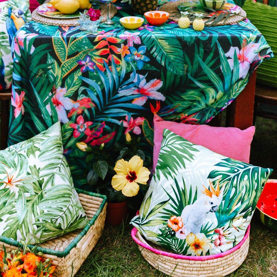 poduszki w stylu egzotycznym
