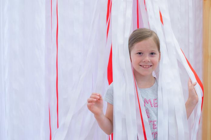 Flaga Polski polska sztuka wystawa dla dzieci