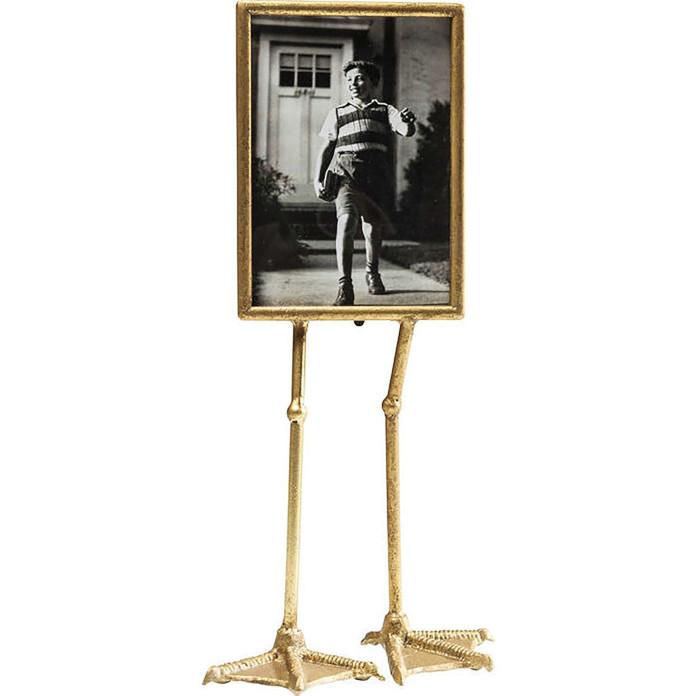 Złota ramka do zdjęć na nóżkach złote dodatki do pokoju