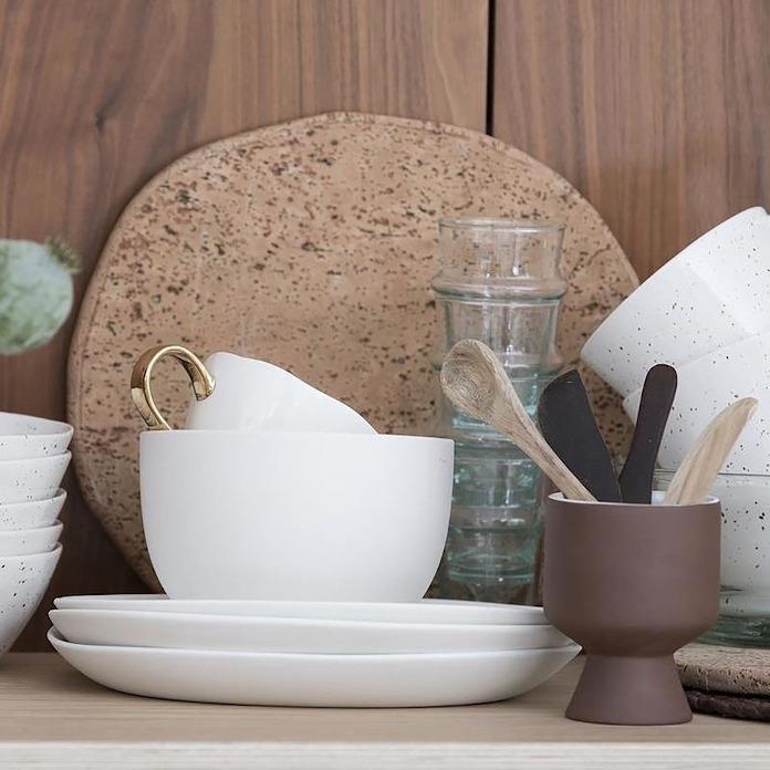 Talerz ceramiczny metamorfozy wnętrz filiżanka
