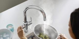 Jak dbąc o środowisko bateria która oszczędza wodę ekologiczna kuchnia