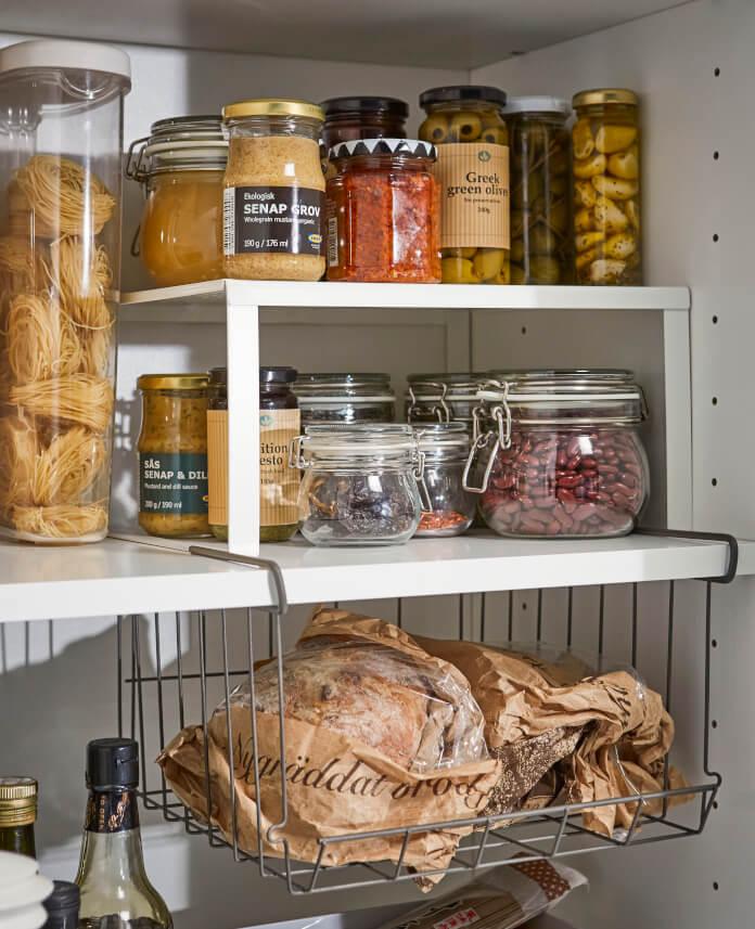 Dodatki do kuchni ikea słoiki regał pułka szkło