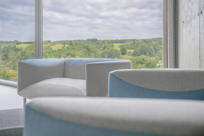 Nord Mebel Agata Kulik-Pomorska kolekcja ROSETTE kanapa sofa niebieska szara inspiracje fotel