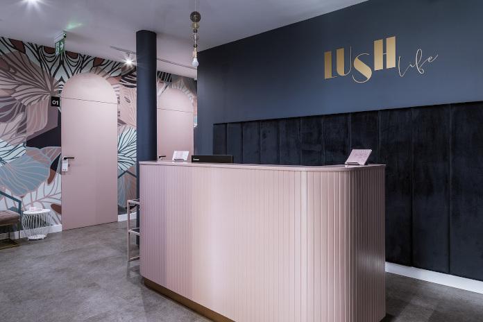 madama studio wysiad róż granat salon lush life