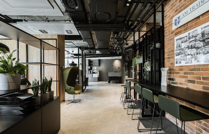 biuro Stalgastu Centrum Praskim Koneser madama cegła krzesło blat stół regał
