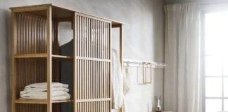 Regał z bambusa skandynawski styl pościel sypialnia