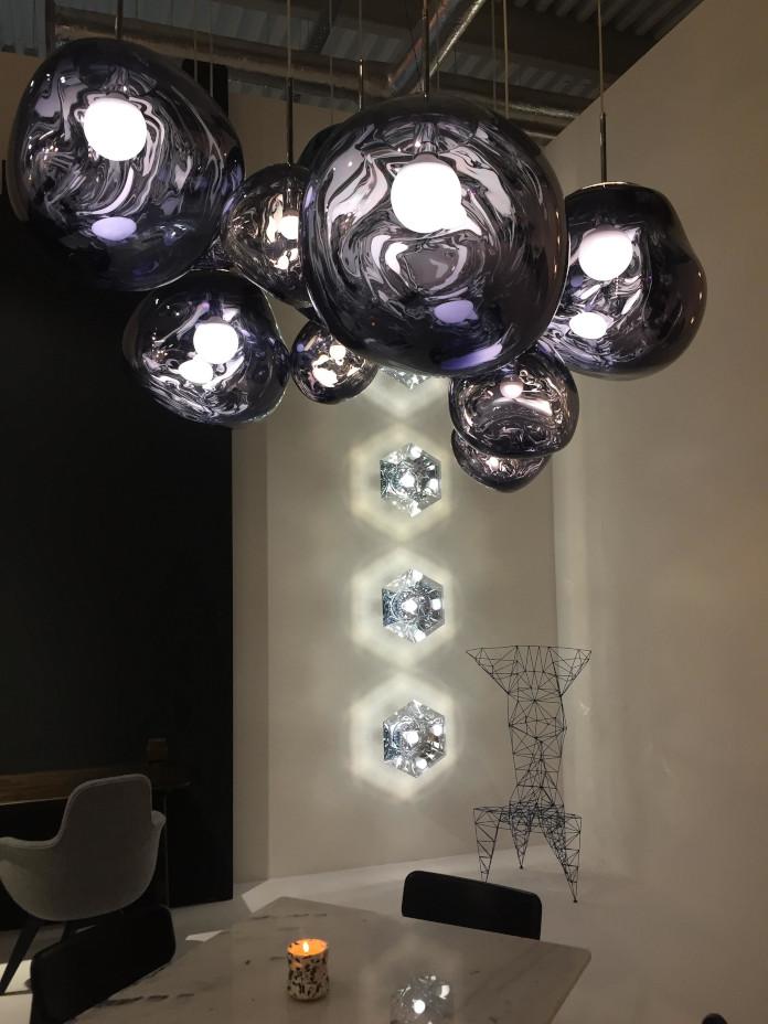 stoisko tom dixon lampy okrągłe stół