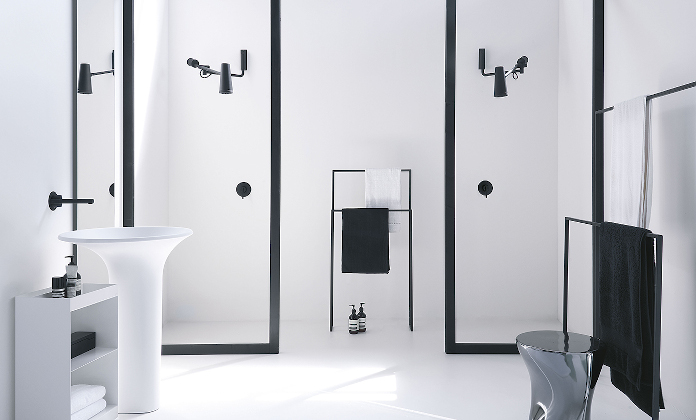 oryginalny design deszczownica closer inspiracje łazienka krzeło prysznic umywalka lustro