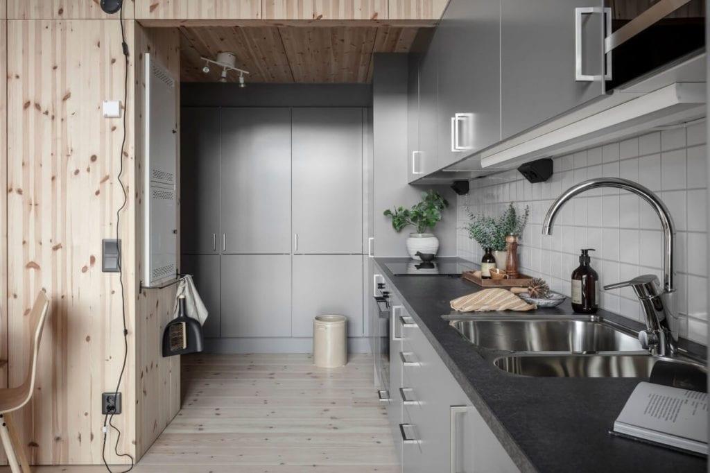 ciąg-kuchenny-drewniana-zabudowa-inspiracje