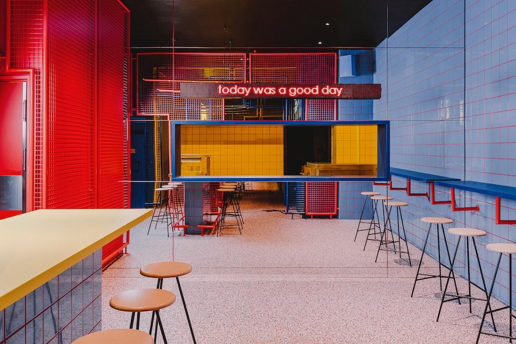 retro-wnętrze-restauracji-we-wrocławiu-inspiracje