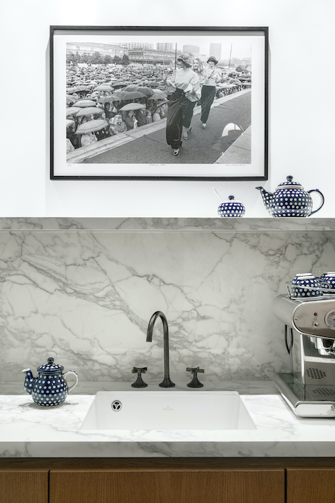 marmurowy-blat-w-kuchni-inspiracje