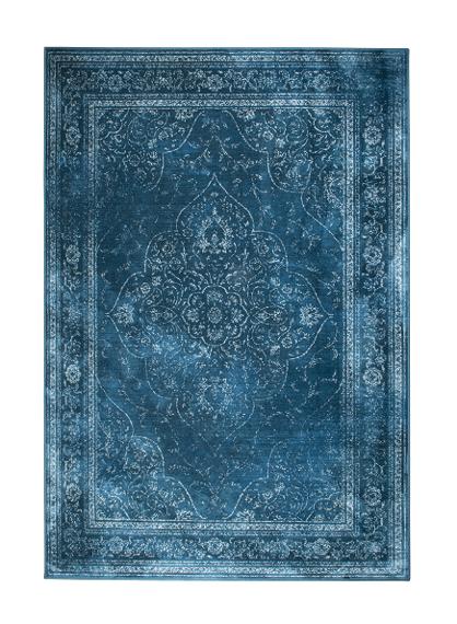 kolor-roku-pantone-classic-blue-niebieski-dywan
